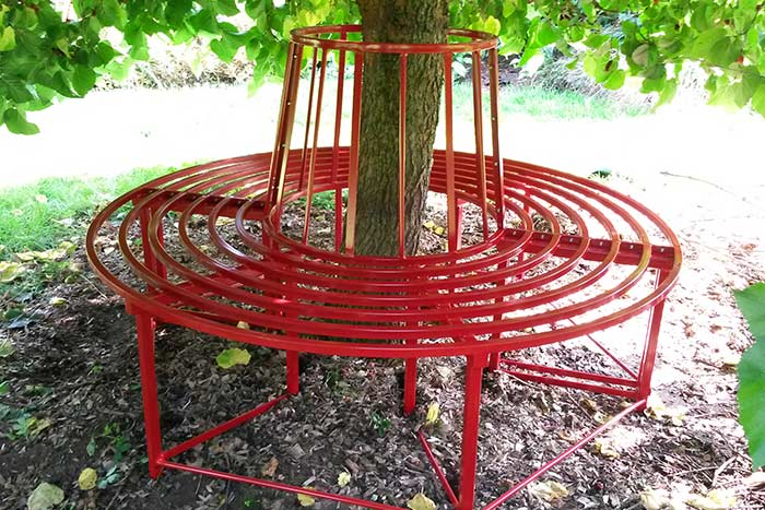 Full circle steel rose Bench